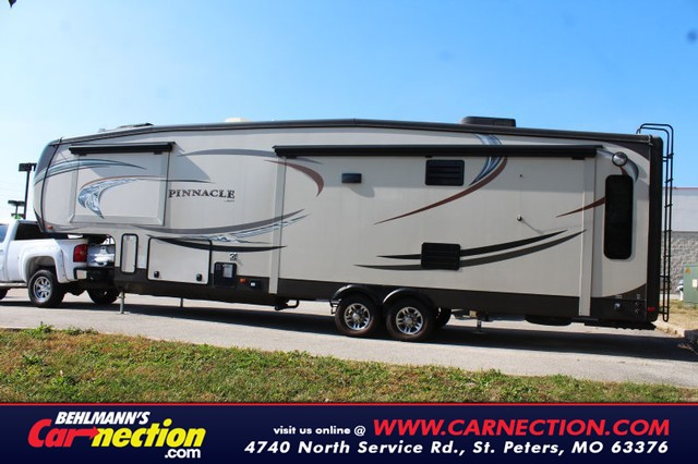 2014 Jayco Pinnacle   at Behlmann's Carnection in St. Peters MO
