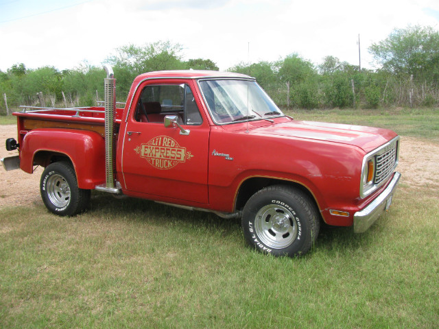 more details - dodge lil red express