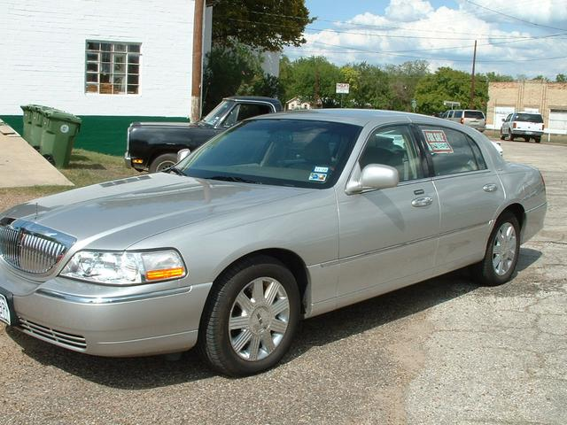 2004 Lincoln Town Car Sedan/Ultimate at Lucas Mopars in Cuero TX