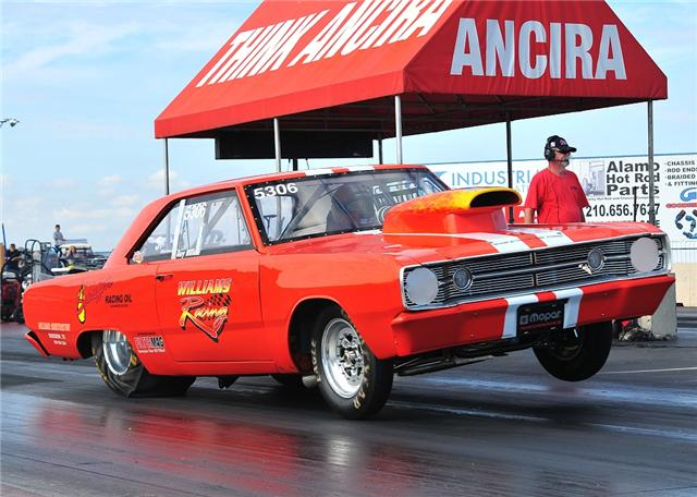 1968 Dodge Dart RACE at Lucas Mopars in Cuero TX
