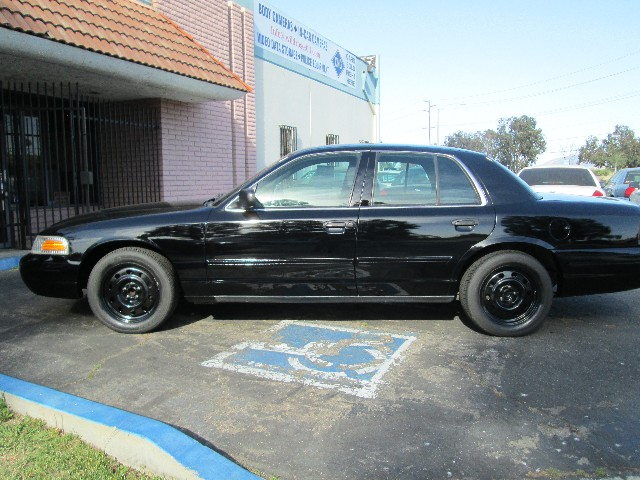 Ford Crown Victoria - 2010 Ford Crown Victoria - 2010 Ford