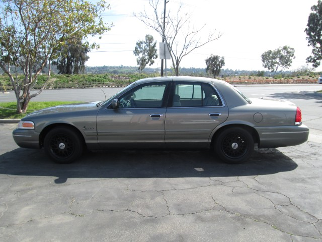 2001 Ford Crown Victoria   at Wild Rose Motors - PoliceInterceptors.info in Anaheim CA
