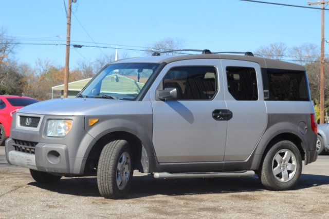 2004 Honda Element EX at Bayeh Auto Sales in San Antonio TX