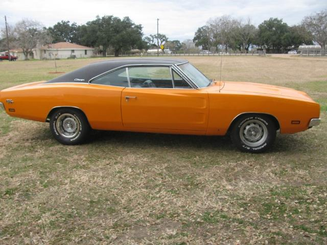Lucas Mopars - Used Car Dealership - Cuero TX