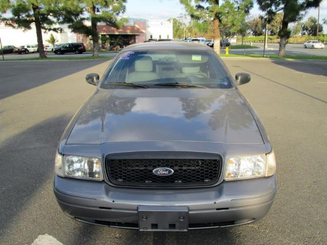 more details - ford crown victoria